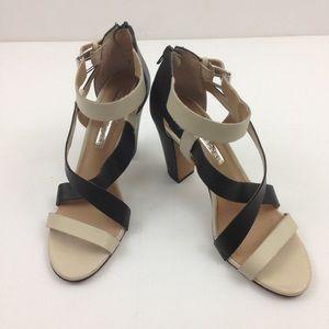 Audrey Brooke Heels 7.5M Blk/Cream Strappy Sandal